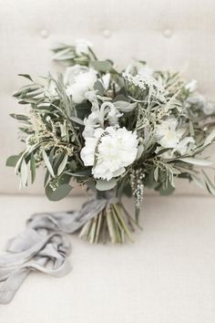 Elegant green and grey bridal bouquet