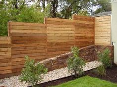 horizontal fence ideas | the violet pear: Landscape Likes | Horizontal Fence