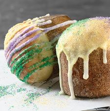 Enjoy individual servings of New Orleans? traditional King Cake.