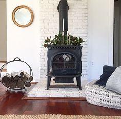 27 Super Ideas for wood burning fireplace brick hearth Wood Stove Surround, Wood Stove Hearth, Brick Hearth, Stove Fireplace, Wood Stove Decor, Wood Stove Wall, Fireplace Hearth, Fireplace Surrounds, Fireplace Ideas