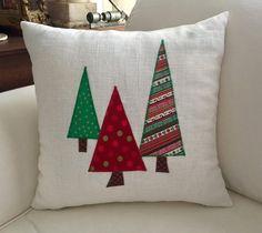 Christmas pillows/Three Trees Christmas 16 x 16 inch : Three Trees Christmas 16 x 16 inch Christmas Patchwork, Christmas Sewing, Christmas Diy, Christmas Cushions To Make, Diy Pillow Covers, Diy Pillows, Decorative Pillows, Homemade Pillows, Christmas Projects