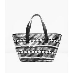 Chico's Black and White Beach Tote (515 SEK) ❤ liked on Polyvore featuring bags, handbags, tote bags, beach bag, black and white beach bag, beach tote bags, black and white tote and white and black purse