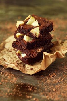 flourless-brownie-with-apples
