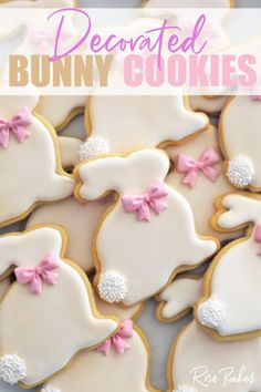 How to Make Decorated Easter Bunny Cookies with pink bows and white poofy tails made from nonpariels. Easter Bunny Cake, Easter Cupcakes, Easter Cookies, Easter Treats, Easter Deserts, Easter Cookie Cutters, Bunny Party, Cake Decorating Tutorials, Cookie Decorating