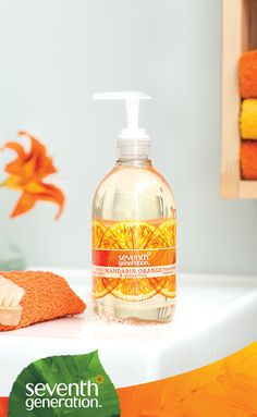This hand wash has a refreshing citrus scent with a lively splash of grapefruit.