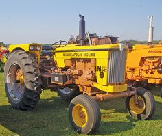 Being Neighborly: Building an Antique Tractor Collection - Tractors - Farm Collector