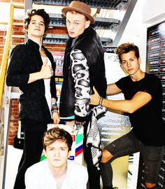 The Vamps are just perfect!! I cannot keep up with their gorgeousness...help me...