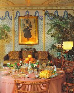 Valentino's villa on Via Appia Antica, Rome Renzo Mongiardino Valentino, Decoration, Art Decor, Home Decor, Villa Interior, Interior Pastel, Design Toscano, Urban Deco, Villa Romaine