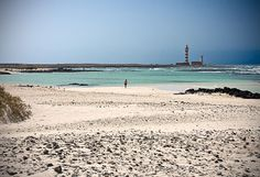 - very wide El cotillo - Fuerteventura Pay a visit to Fuerteventura to stumble on a pristine coastline with emerald…