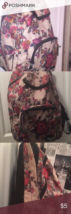 Roxy rose backpack Used for a year Roxy Other