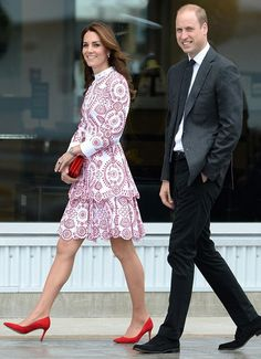 hrhduchesskate: Canada Tour, Day Vancouver, British Columbia, September and Duchess of Cambridge Fashion Looks, Royal Fashion, Duke And Duchess, Duchess Of Cambridge, Looks Kate Middleton, Vancouver, Alexander Mcqueen, Mode Statements, Princesa Real