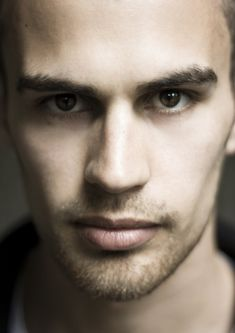 Theo James plays Four in Divergent @savanah Tiffany