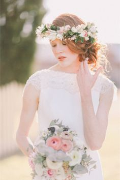 Flower crown and matching bouquet | Jenny Sun Photography | http://burnettsboards.com/2014/01/enchanted-garden-editorial/