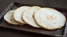 Stovetop coconut flour flatbreads prove gluten-free cooking doesn't have to be difficult paleo for beginners coconut flour Gluten Free Cooking, Gluten Free Recipes, Low Carb Recipes, Cooking Recipes, Healthy Recipes, Healthy Baking, Sin Gluten, Sans Gluten Sans Lactose, Gluten Free Flatbread