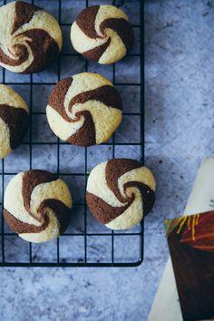 Rezept für schwarz-weisse Swirl Cookies - Schwarzweissgebäck-Kekse mal anders