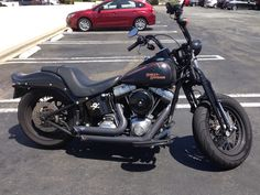 Softail Crossbones. Always loved this simple beauty.