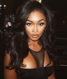 Miracle Watts. makeup looks night out.