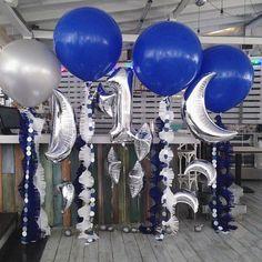 И вот такая вот космическая фотозона для самого космического кудрявого парня во всем иг  Леон Абель, с Днем Рождения! С первым целым годом в этом мире! Будь счастлив❤️ P.S. новые шары 90 см глубокого синего цвета #airbeautyballoons #kuragaparty