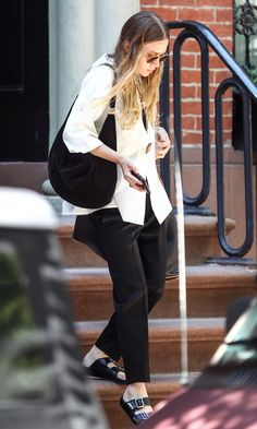 Olsens Anonymous Blog Style Fashion Get The Look Ashley Olsen Goes Breezy Chic In Black And White Button Up Shirt Satin Silk Pants 2015
