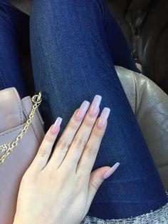 Long Nails International