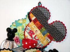 Mickey Mouse potholder tutorial