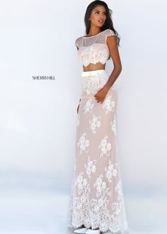 Sherri Hill prom dresses are hip, stylish and sure to turn heads at prom. PreVue has one of the largest selections of Sherri Hill prom gowns in many different styles and sizes! Ivory Prom Dresses, Gorgeous Prom Dresses, Prom Dresses 2016, Designer Prom Dresses, Pageant Dresses, Wedding Dresses, Prom Gowns, Prom 2016, Long Dresses