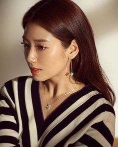 Image uploaded by FrostedCookies. Find images and videos about park shin hye, pa. - Image uploaded by FrostedCookies. Find images and videos about park shin hye, park shinhye and park - Look Magazine, Elle Magazine, Park Shin Hye, Gwangju, Korean Beauty, Asian Beauty, Yoo Ah In, Tamar Braxton, Korean Actresses