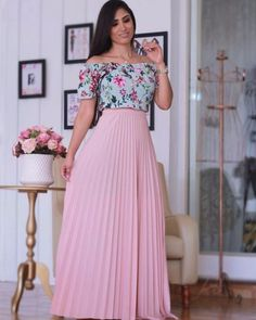 Feminine and Beautiful! Indian Gowns Dresses, Modest Dresses, Modest Outfits, Modest Fashion, Fashion Dresses, Long Skirt Outfits, Dress Outfits, Designer Dresses, Dress Skirt