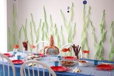 Get fishy with this fun Under The Sea Birthday Party! The whole party is DIY and can easily be recreated with crepe paper, balloons and paper plates. Under The Sea Theme, Under The Sea Party, Fete Anne, Ocean Party, Whale Party, Beach Party, Rosalie, Little Mermaid Parties, Birthday Party Themes