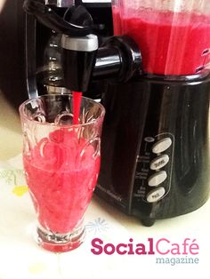 Banana Beet Smoothie | SocialCafe Magazine