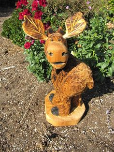 chainsaw carving | Moose Chainsaw Carving Marty
