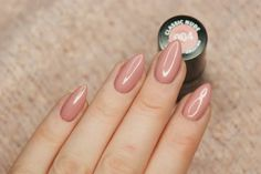 Magdalen Make'up: Manicure hybrydowy Semilac #5 - 004 'Classic Nude'