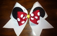 Minnie Mouse cheer bow on etsy for Riley