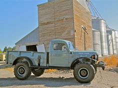 1947 Dodge Power Wagon: More