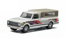 Greenlight 1:64 Country Roads Series 13 1972 Chevrolet C10