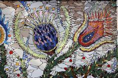 Community art - The Garden Wall Mosaic : Wilma van der Meyden