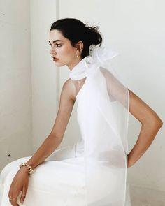 Tea Length Wedding Dress, Princess Wedding Dresses, Colored Wedding Dresses, Designer Wedding Dresses, Bridal Dresses, Vestidos Vintage, Mode Alternative, Minimalist Wedding Dresses, Mermaid Dresses