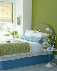Bedroom black and white blue interior design ideas Green And White Bedroom, Green Bedroom Design, Black And White Living Room, Bedroom Wall Designs, Bedroom Black, Green Rooms, Bedroom Colors, Bedroom Decor, Bedroom Ideas