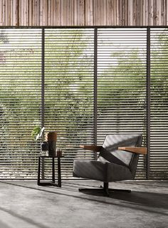 Super-sleek and always fashionable, Luxaflex® Venetian Blinds offers excellent light control and privacy with a classic style that works with every décor.