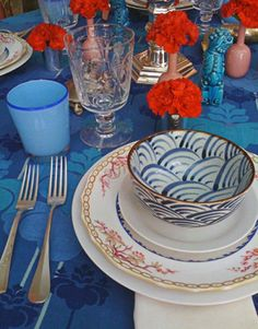 blue & red table setting - Miles Redd