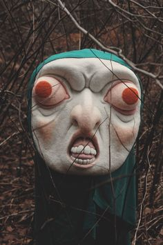 Lancaster, Pennsylvania-based artist Paolo Del Toro's collaboration with photographer Tifani Truelove, Baba of the Woods, is a wonderfully odd combination of sculpture, … Theme Design, Mask Design, Colossal Art, Arte Horror, Masks Art, Art Inspo, Pagan, Creepy, Cool Art