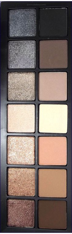 Close up shot of the @smashbox Full Exposure palette.