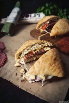 Awesome sandwich-ocity. Now, who wants some?! --> Italian Ciabatta Sandwich…