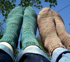 Beginner's knit sock pattern