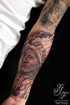 #tattoo #tatuaggi #tatu #tatuaggio #tato #tattooist #tatuatore #tatuatori #migliore #migliori #bello #belli #italia #naples #campania #napoli #biancoenero #blackewhite #blackegray #blackegrey #indiantattoo #tattooindiani #tattooblackandwhite #ink #tattooblackandgray #tattooblackandgrey #pellerossa #realistic #realistici #realism #tattoorealistici #realistictattoo  #tatuaggirealistici #bravo #piu #più #volti #ritratto #ritratti #tribu #tribù