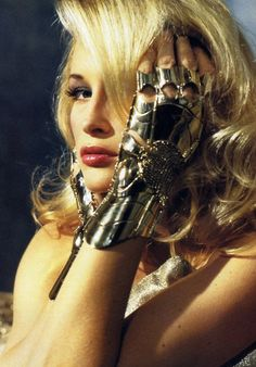 Beauty_ love the gloves