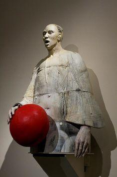 Extraordinary Sculptures by Cristina Córdova