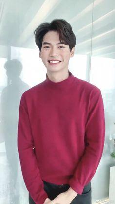 Cute Couples Goals, Couple Goals, Ikon Wallpaper, Jungkook Cute, Thai Drama, Ulzzang Boy, Asian Actors, Online Gallery, Asian Boys