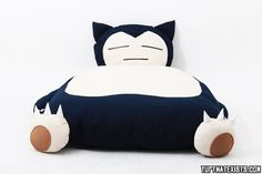 Giant Snorlax Bed A wild Snorlax has appeared in your bedroom! This life sized Snorlax bed is filled full of fluffy cotton, weighs about 22 lbs and is the the perfect novelty bed to help you get to dream land every night. Yet another genius nerdy DIY project from the people on ETSY. BUY IT HERE