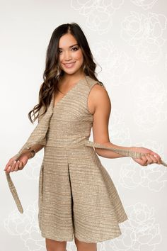Perfect nursing dress for special occasions and for any mama who loves to dress up. Breastfeeding Dress, Breastfeeding And Pumping, Nursing Wear, Nursing Dress, Couture, Special Occasion Dresses, Stylish Outfits, Tweed, Party Dress